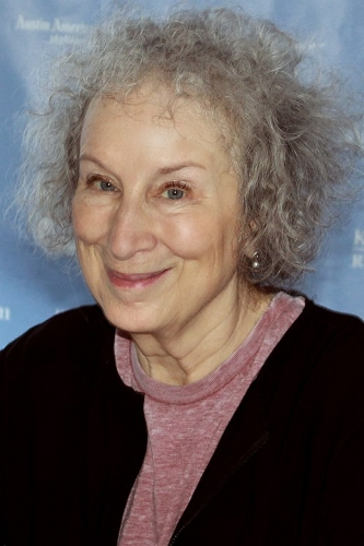 520px-Margaret_Atwood_2015.jpg